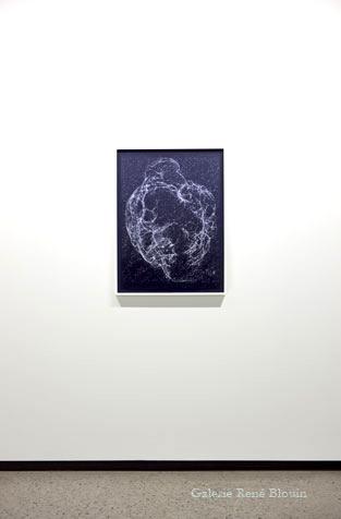 Ce qui nous habite, SH2-240, 2011 pigments secs sur papier, 76,2 x 50,8 cm / 30 x 20 pouces, Vue de l'exposition, Marie-Claire Blais 15 septembre au 23 novembre 2012, Photo: Pascal Grandmaison
