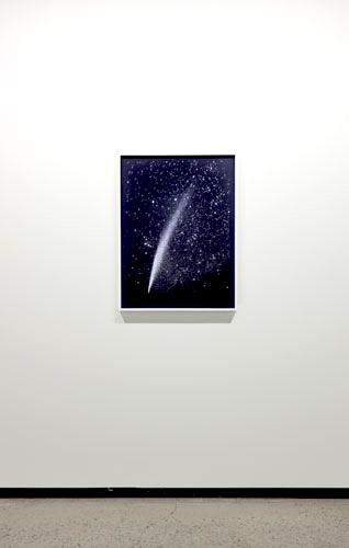 Lovejoy, 2011 pigments secs sur papier, 76,2 x 50,8 cm / 30 x 20 pouces, Vue de l'exposition, Marie-Claire Blais 15 septembre au 23 novembre 2012, Photo: Pascal Grandmaison