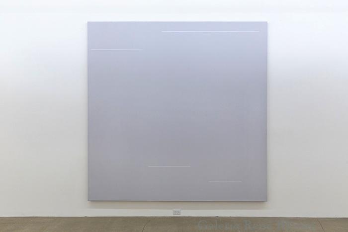 Yves Gaucher, R-CR-III F-69, 1969 acrylique sur canevas, 274,3 x 274,3 cm / 107.6 x 107.6 pouces, Vue de l'exposition: Miroirs 30 novembre 2013 au 25 janvier 2014, Photo: Guy L'Heureux
