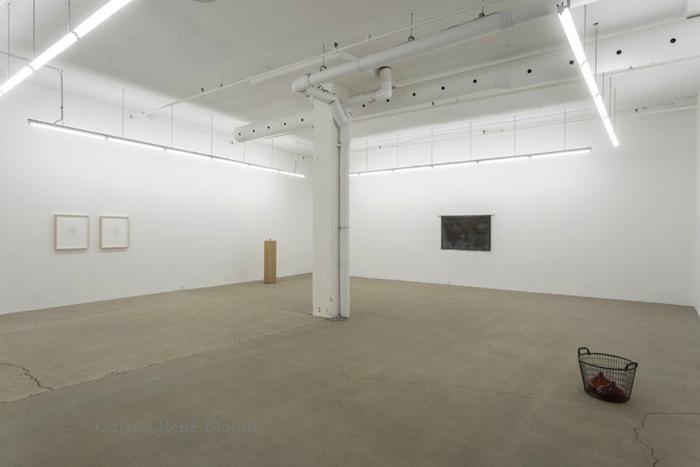 Vue de l'exposition : Mona Hatoum SALLES 1 ET 2 27 septembre au 8 novembre 2014, Photo: Guy L'Heureux