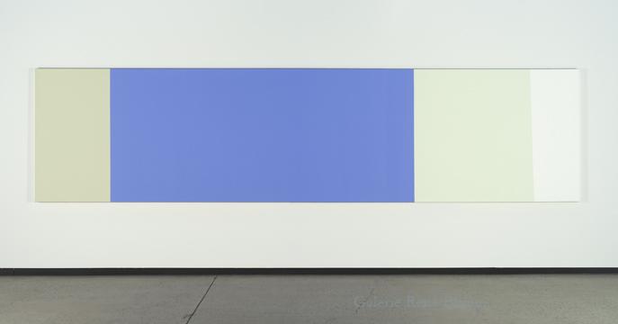 B2 w Ps, 1989-1990  acrylique sur toile 122 x 488 cm / 48s x 192 pouces, Yves Gaucher,  Vue de l'exposition (2011)  Crédit photo : Richard-Max Tremblay