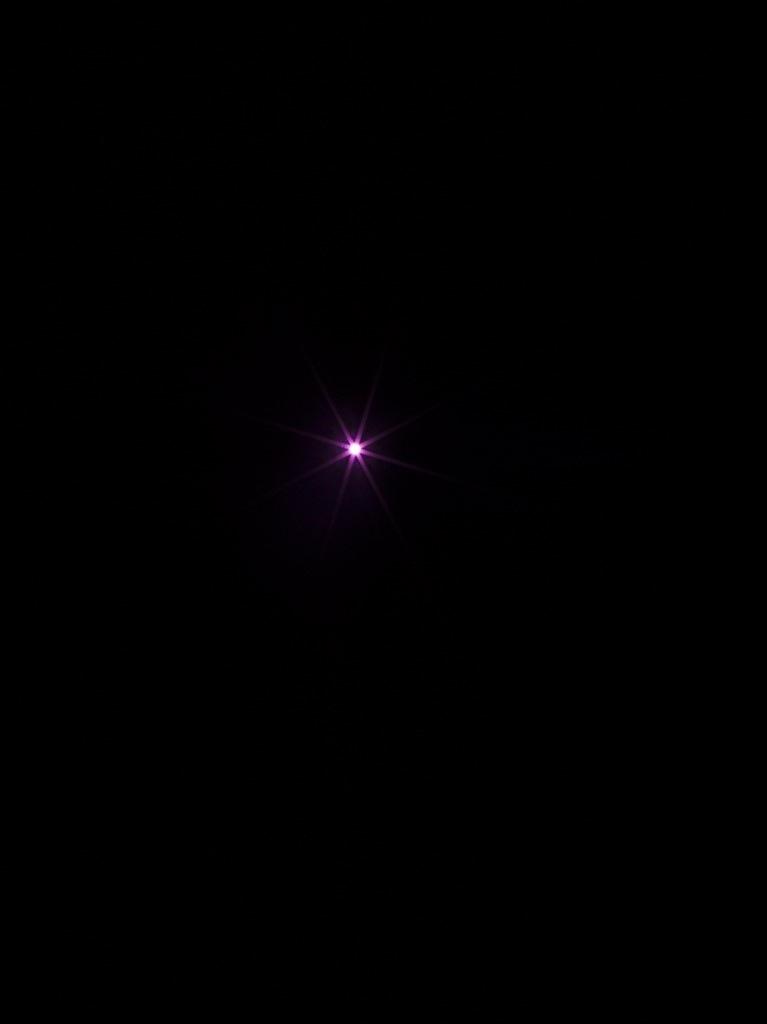 Mathieu Grenier, The Eye (Pink), 2016, Éd. 1/3, Impression au jet d'encre sur papier Lasal Photo Matte, 203 x 152 cm | Simon Bertrand et Mathieu Grenier 3 décembre 2016 au 28 janvier 2017  Crédit photo : Guy L'Heureux