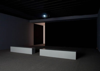 Mathieu Grenier, Boîte Noire (Power Plant Contemporary Art Gallery) 2/3), 2012, Impression au jet d'encre sur papier Epson enhanced mat, 56 x 84 cm. Photo : Mathieu Grenier