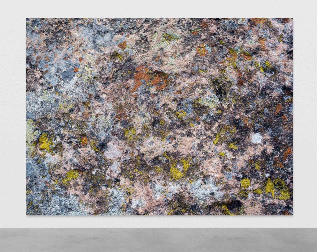 Pascal Grandmaison, LIGNE DU TEMPS, 2017, Édition de 2, Impression au jet d'encre sur toile, 195,5 x 264 cm / 77 x 104 pouces