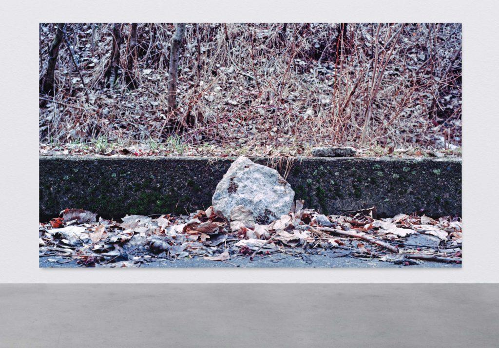 Pascal Grandmaison, CONSTRUIRE SANS CIEL, 2017, Édition de 2, Impression au jet d'encre sur toile, 228,5 x 396 cm / 90 x 156 pouces
