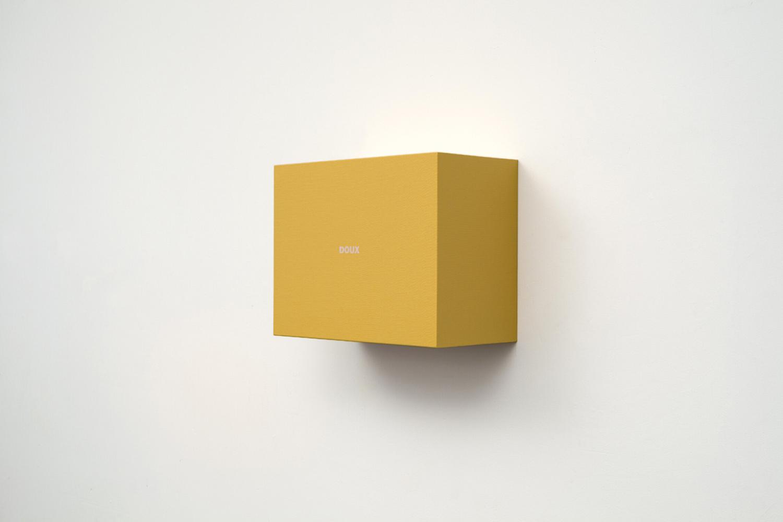 Francine Savard, Doux (Température 3), 2013, Acrylique sur toile marouflée sur contreplaqué, 29,2 x 38 x 19 cm / 11,5 x 15 x 7,5 pouces