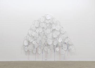 Serge Murphy, Devant soi, 2019, Médiums mixtes, Dimensions variables