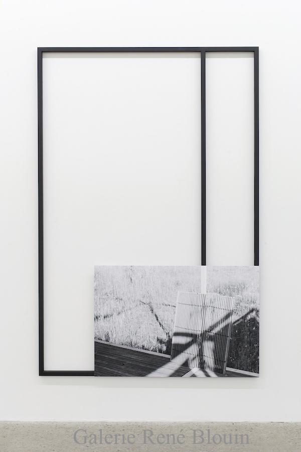 Mathieu Grenier, Field Work #2, 2018, Acier peint, impression jet d'encre montée sur panneau d'aluminium, 183 x 122 cm / 6 x 4 pieds